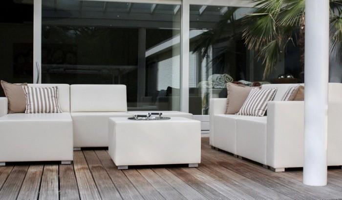 loungebank2-700x500